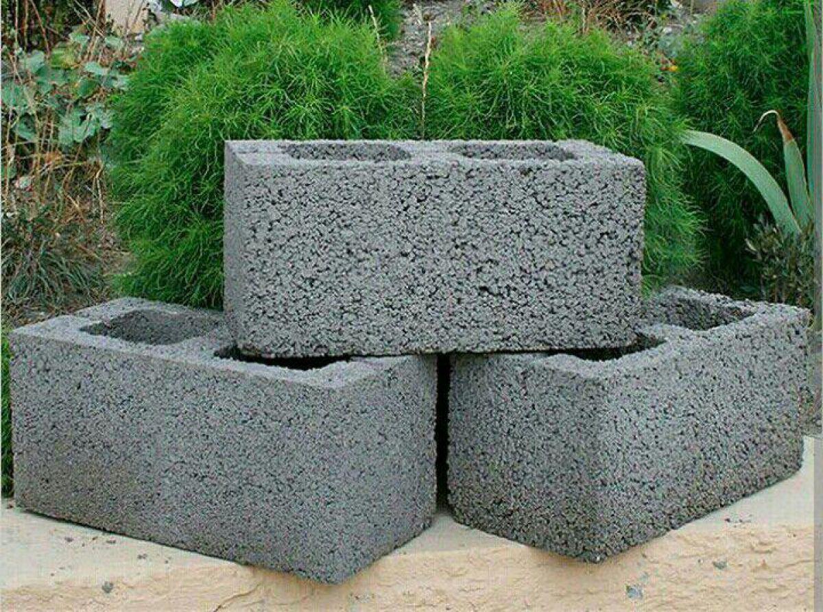 Гараж из керамзитобетонных блоков: технология строительства 577