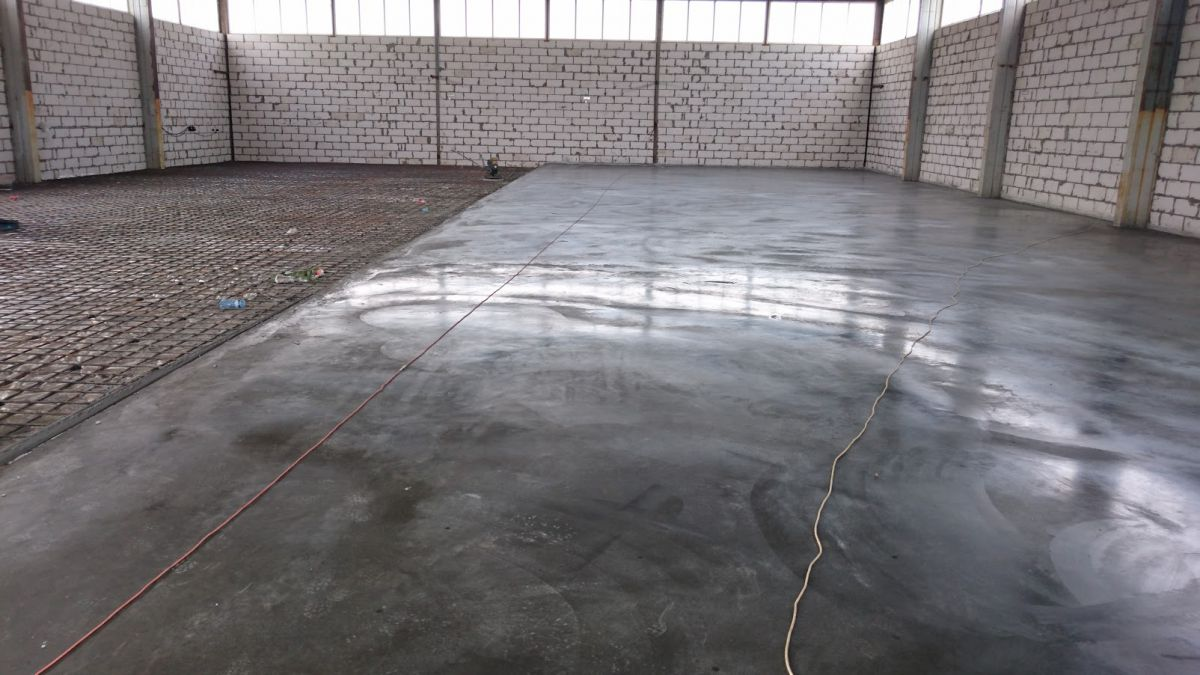 Бетонный пол в гараже.  Плюсы, конструкция и устройство.  1022