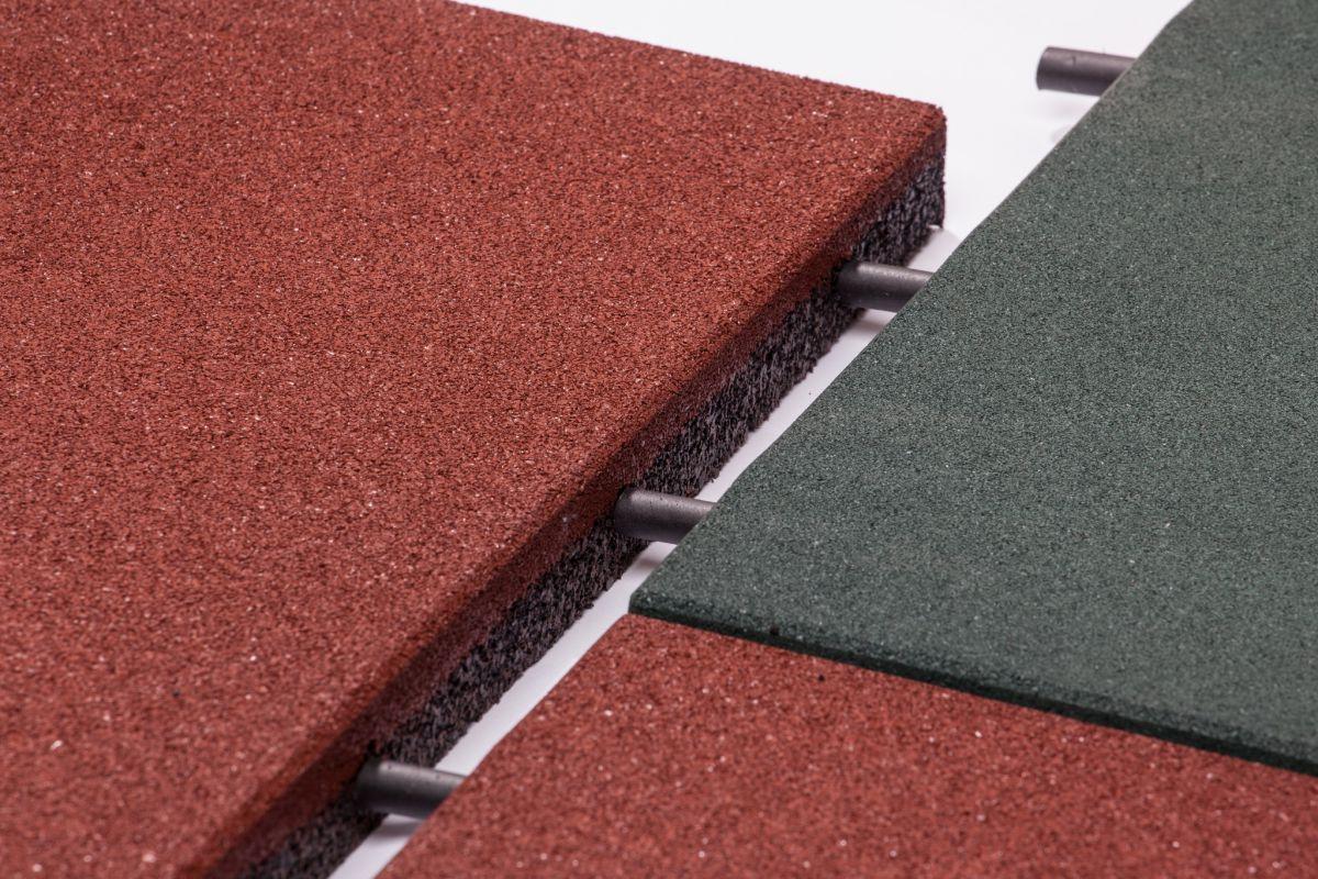 Резиновая плитка – для садовой тропинки, гаража и спортивной площадки 1287