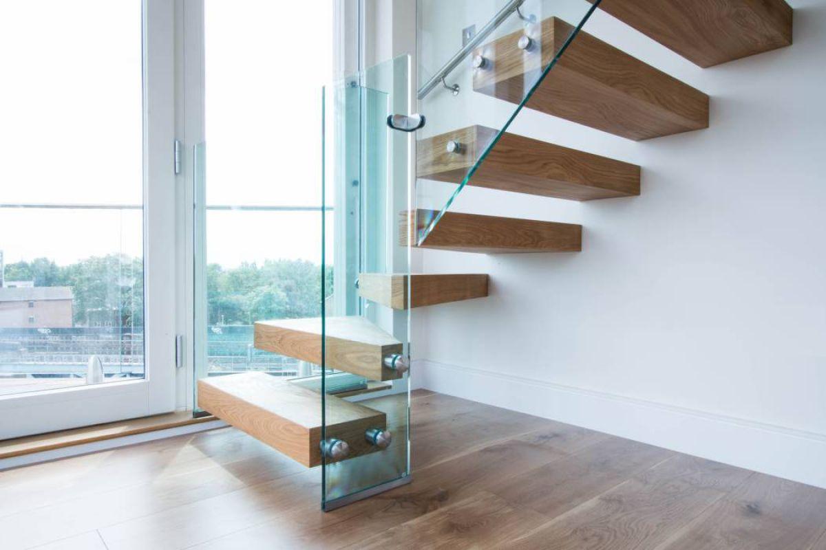 Лестница для коттеджа. Виды лестниц 2422