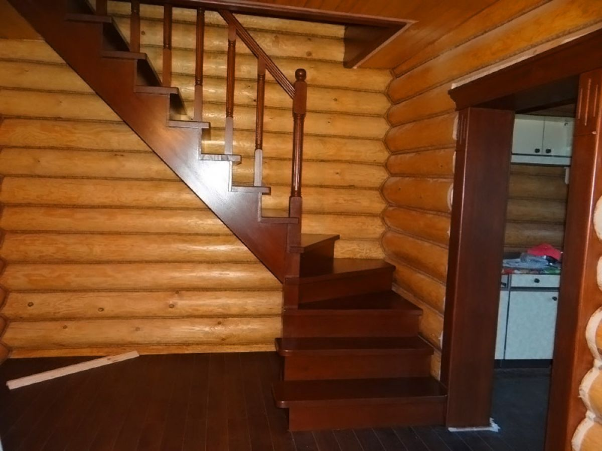 Лестница для коттеджа. Виды лестниц 2423