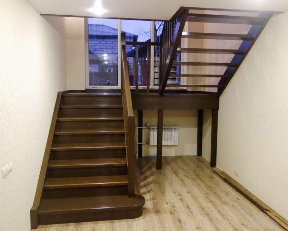Лестница на 180 градусов с площадкой своими  487