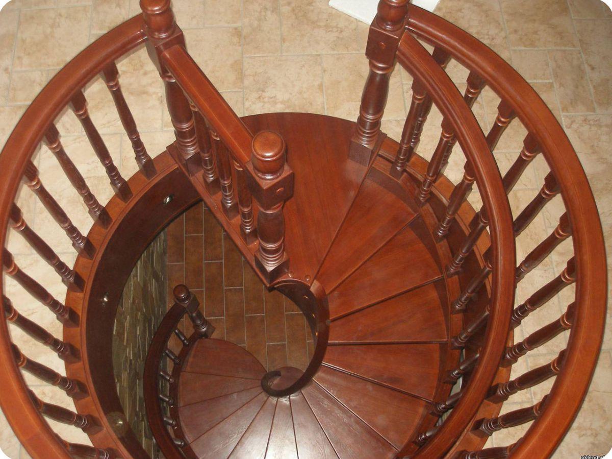 Лестница для коттеджа. Виды лестниц 2425