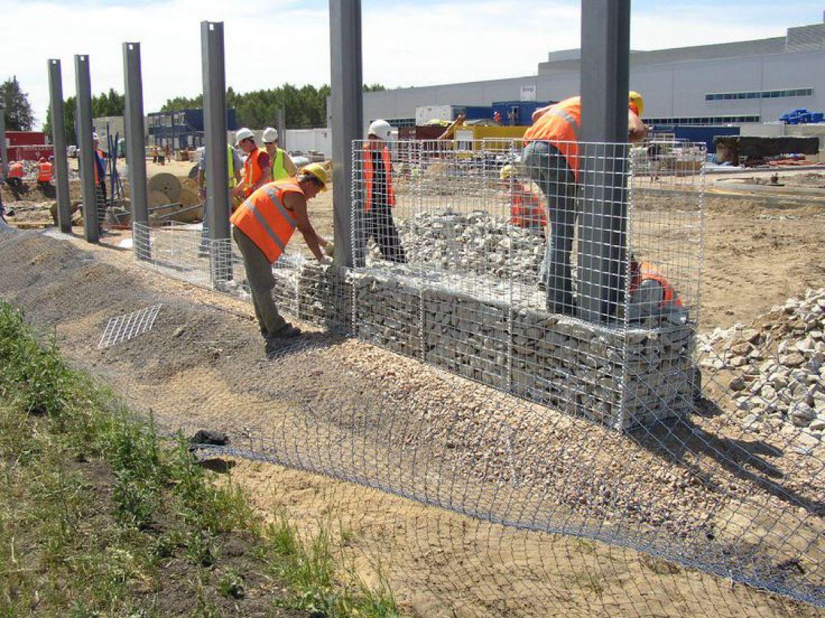 Габион – как ограждение, забор и подпорная стенка 2891