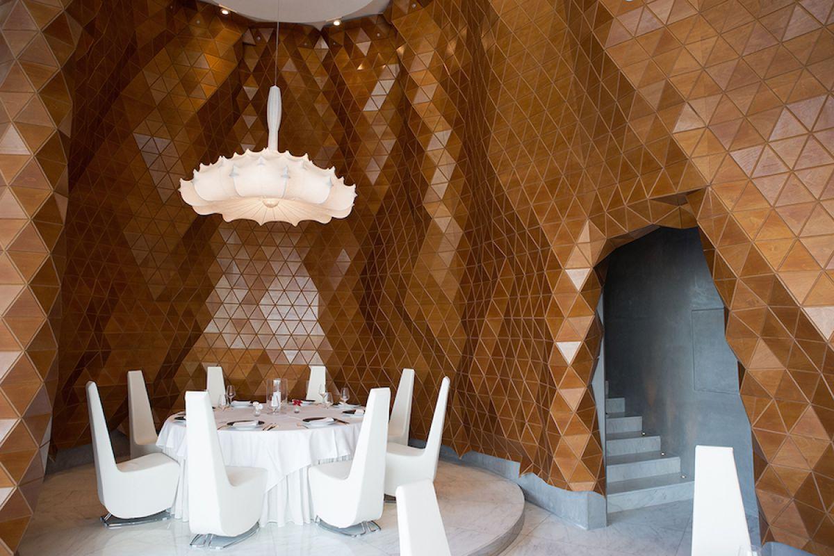 Деревянная кожа, светящиеся обои, кокосы и живые плитки. О строительных материалах... 3808