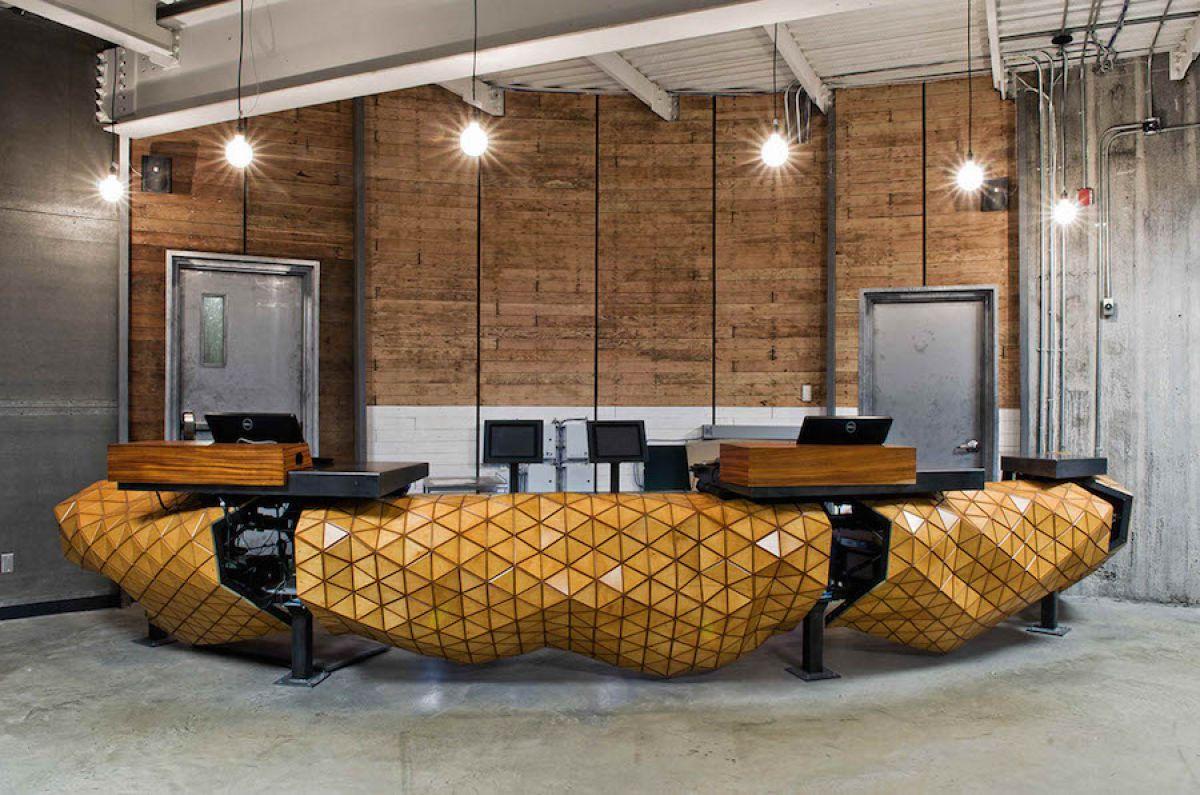 Деревянная кожа, светящиеся обои, кокосы и живые плитки. О строительных материалах... 3809