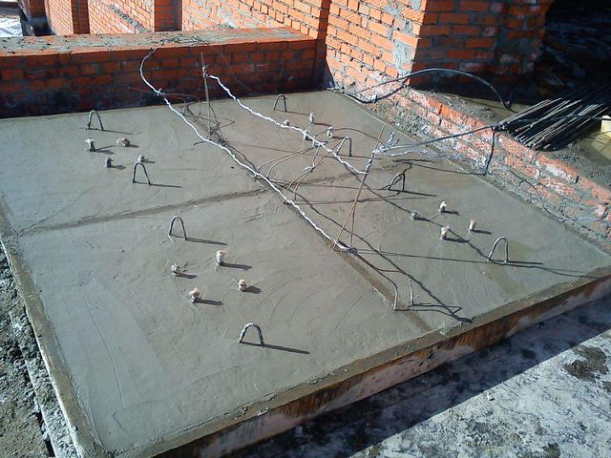 Бетонирование на частном участке зимой. Прогрев бетона – основные способы. Технология электродного прогрева 4000