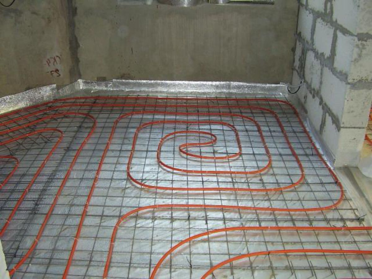 Теплый пол в ванной комнате. Системы, устройство. Водяной теплый пол 4465