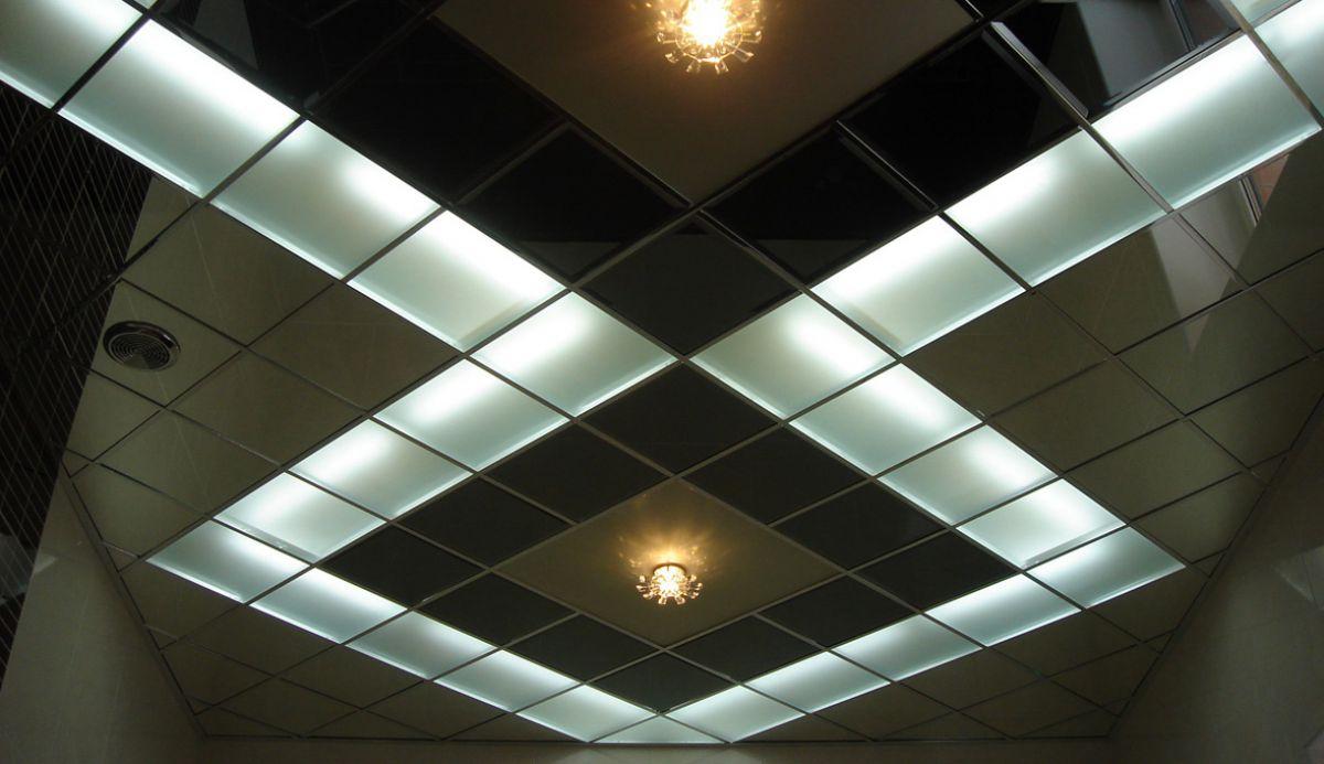 Потолки современной квартиры. Подвесные модульные конструкции, обшивка потолка. Натяжные потолки 4632