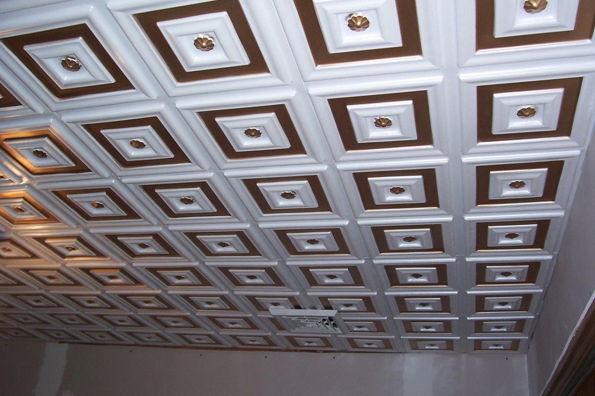 специализированных потолок из плиток пенопласта фото хиксон