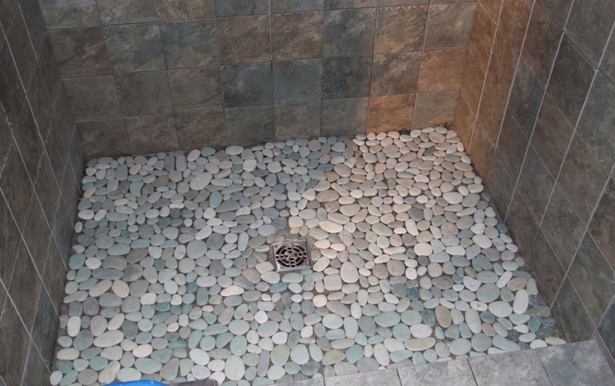 Галечная мозаичная плитка 5045