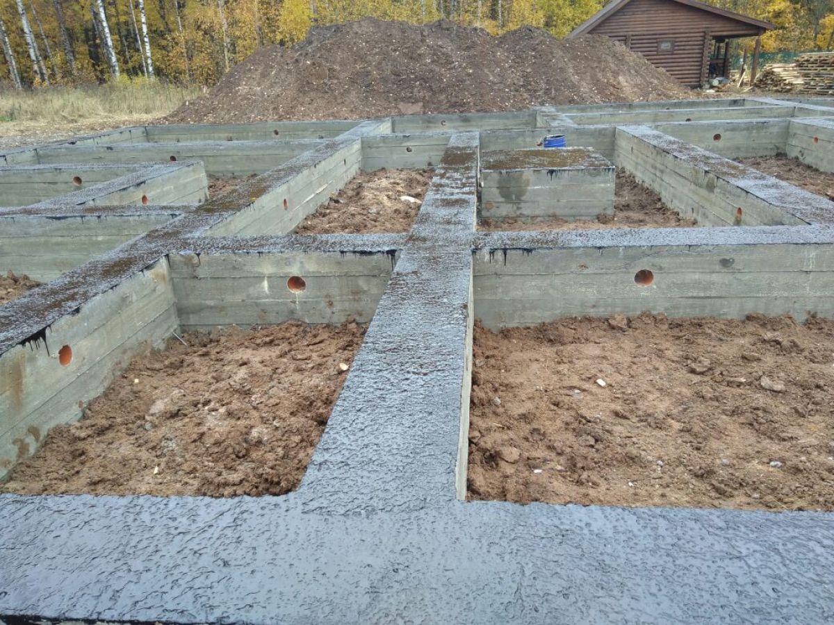 Заливка ленточного фундамента каркасного дома 5695