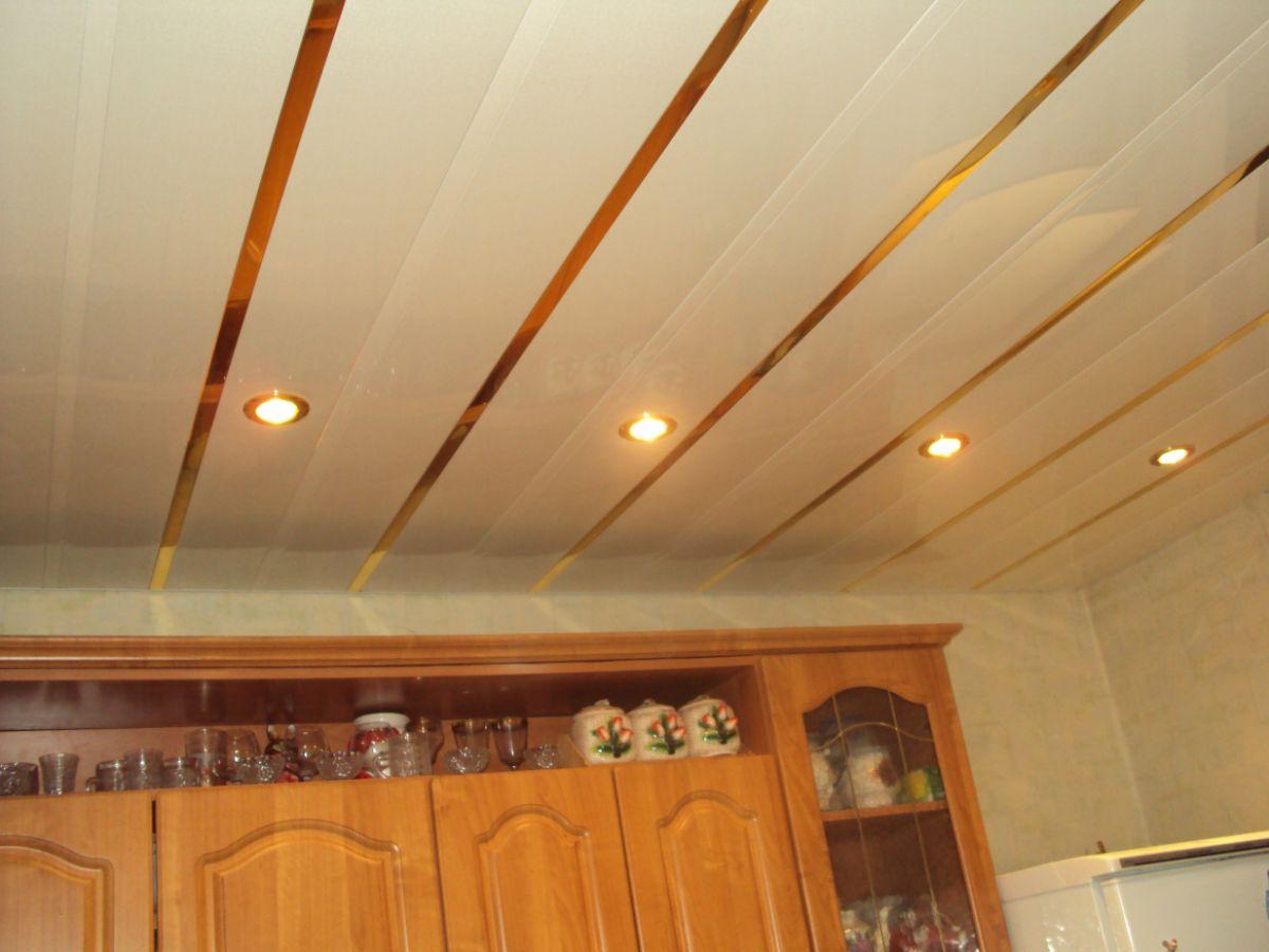Потолок на кухне 6057