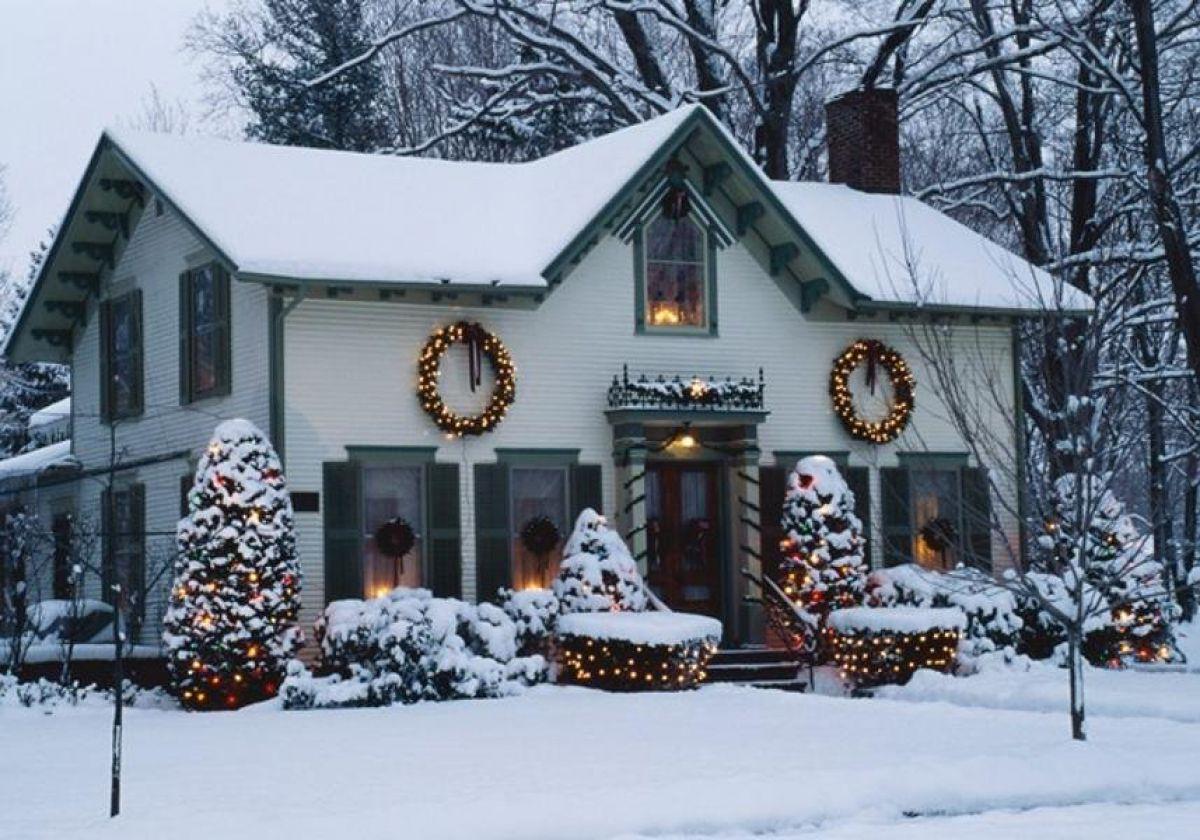 Новогоднее оформление дома 6708