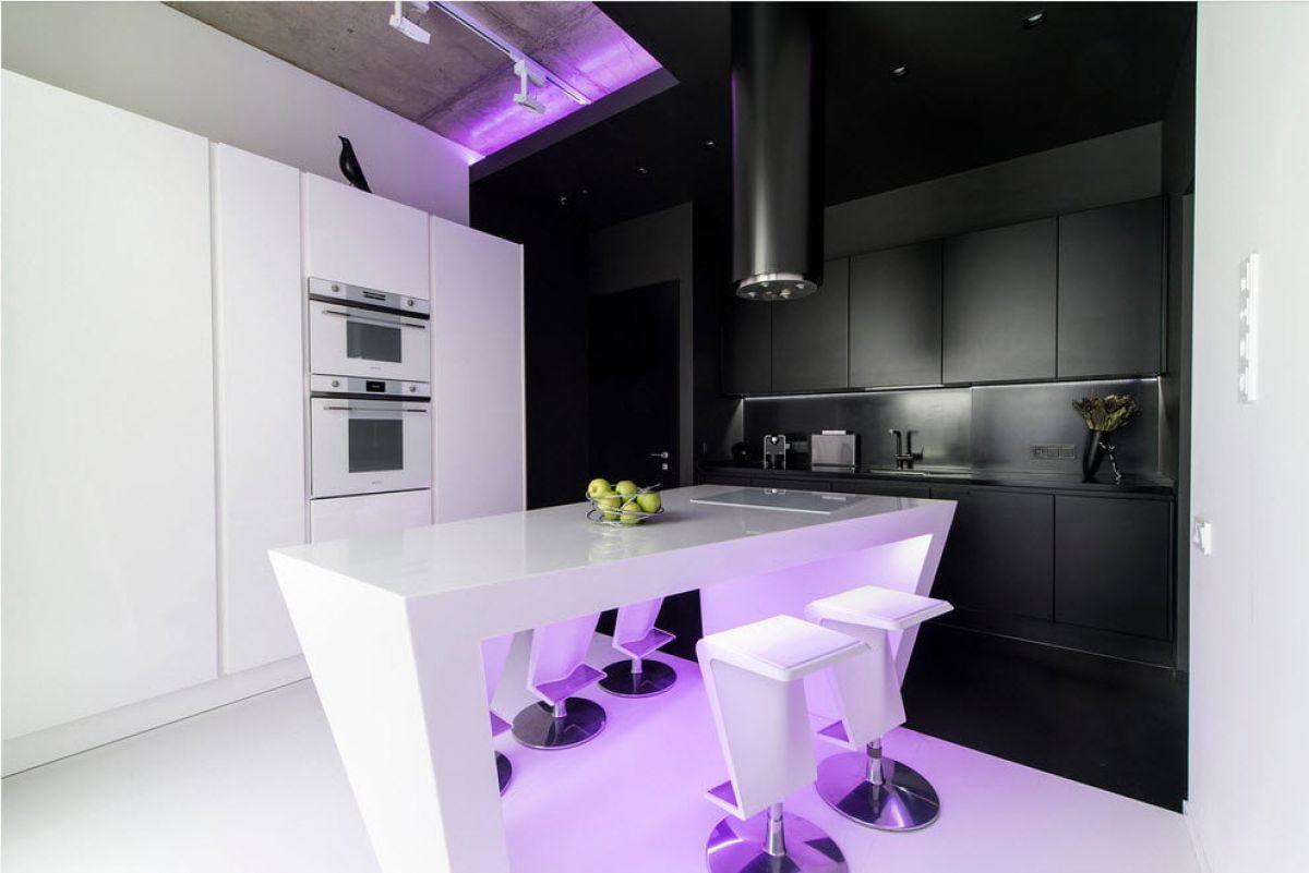 Черно-белая кухня 7031