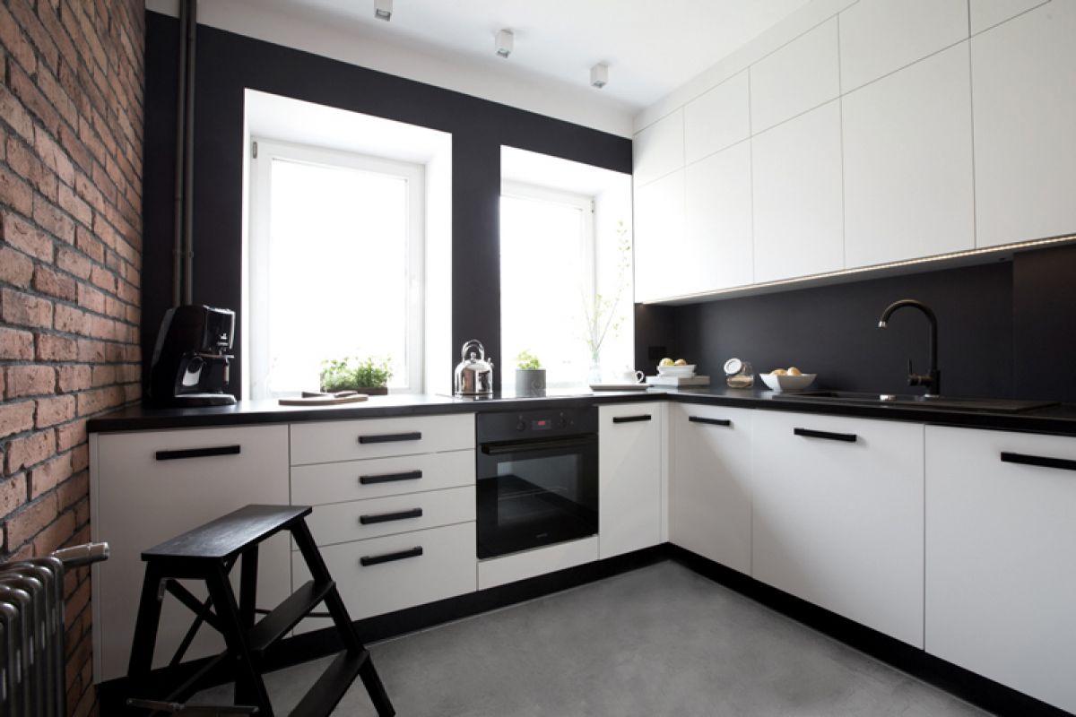 Черно-белая кухня 7044