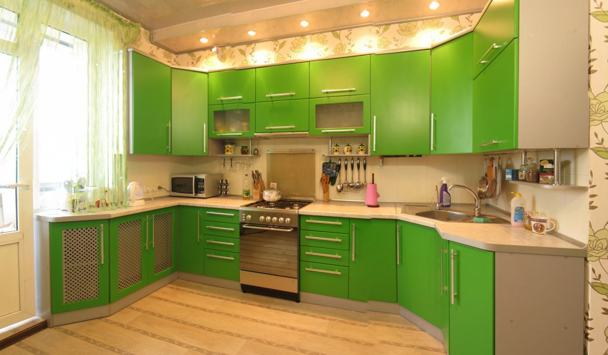 Дизайн зеленой кухни 7765