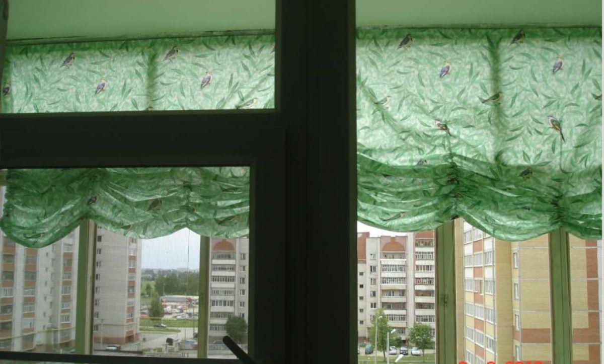 эффектно такие занавески на балкон своими руками фото натурального дерева