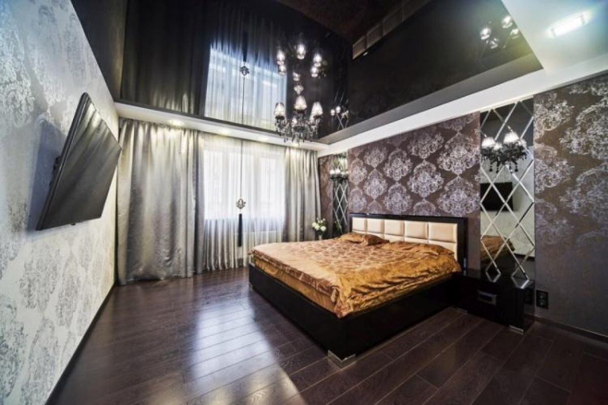 фото комнат с черными натяжными потолками рено
