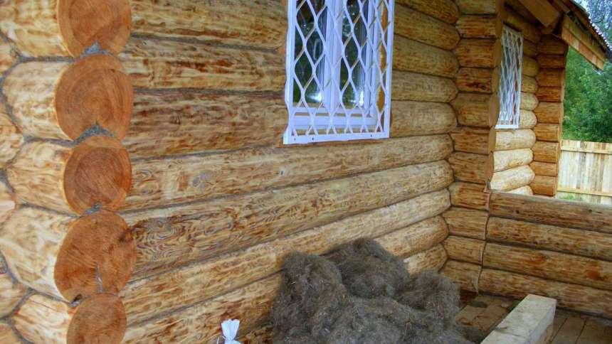 Угол бревенчатого дома